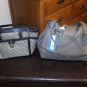 New Simply vera and like new chaps purse